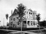 Residence of W. S. Raymond, corner 16th & Race St. Denver, Colo.