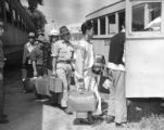 First evacuees to arrive at the Granada railroad station