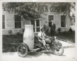 Indian motorcycle with a Winter-Weiss platform sidecar