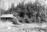 Dailey cottage at Evergreen early picture.