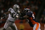 jpm1109 Denver Broncos Oakland Raiders at Invesco Field at Mile High on Sunday afternoon, Dec. 24,...