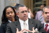(NYT13) NEW YORK -- Sept. 27, 2006 -- GOTTI-TRIAL-4 -- John A. Gotti speaks to reporters outside...