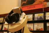 [JPM570] A listening station at the Barnes and Noble Bookstore in Glendale, Colo., compact disks...