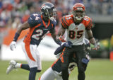 In the quarter first quarter, a visibly frustrated Chad Johnson, right, of the Cincinnati Bengals,...
