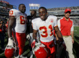 John Sleezer/The Kansas City Star 10/21/2007  (SPORTS) Kansas City Chiefs running back Priest...