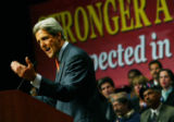 NYT5 - (NYT5) NEW YORK -- Sept. 20, 2004 -- KERRY-3 -- Sen. John Kerry giving a foreign policy...
