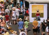 MJM027  People make their way through the 2007 Cherry Creek Arts Festival Friday July 6, 2007 in...