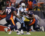 [JOE0453]  Denver Broncos Dre Bly (32) intercepts a pass intended for Tennessee Titans Eric Moulds...