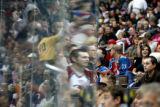 DM4853  NHLxxxAvsxxBluexxxJacketsxx55445 Colorado Avalanche fans watch their team play the...