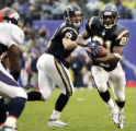 LaDainian Tomlinson runs in for a 1st qtr touchdown after a handoff from Drew Brees. Chargers 20 -...
