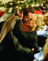 12-06-07 San Francisco, CA  Reese Witherspoon and Vince Vaughn get romantic on the set of Four...