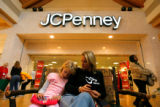 DM0587  BLACK_FRIDAY+55912 Melissa McNeil and her daughter Jordyn Wiese, 9, enjoy a break during a...