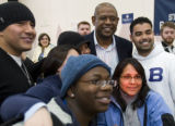 DM0588   Acclaimed actor Forest Whitaker poses for a photograph with a group of students after...