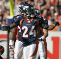 JPM0191 Denver Broncos Champ Bailey, #24, reacts to stopping New England Patriots wide Receiver...