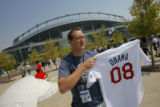 "Ft. Collins, CO's Aaron Hickman hawks ""Obama 08"" baseball jerseys, for $100 each in..."