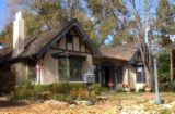 (DENVER, CO. NOVEMBER 5, 2004) *FOR SPOTLIGHT* The home of Alexis Fischer, located on 333 Ivy St....