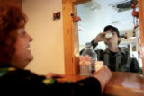 (NYT79) CHICAGO -- June 14, 2006 -- HEROIN-DEATHS -- Dr. Sarz Maxwell, left, of the Chicago...
