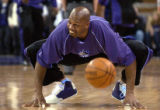 Sacramento Kings Tony Massenburg stretches before the game against the Phoenix Suns at Arco Arena ...