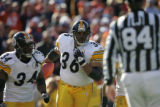 1066 Pittsburgh running back Jerome Bettis rushes during the second quarter against the Broncos at...